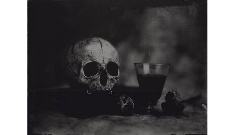 Jean-Philippe Pernot Vanité au verre,2015 Collodion et tirage à partir de monotype, 40 x 30 cm
